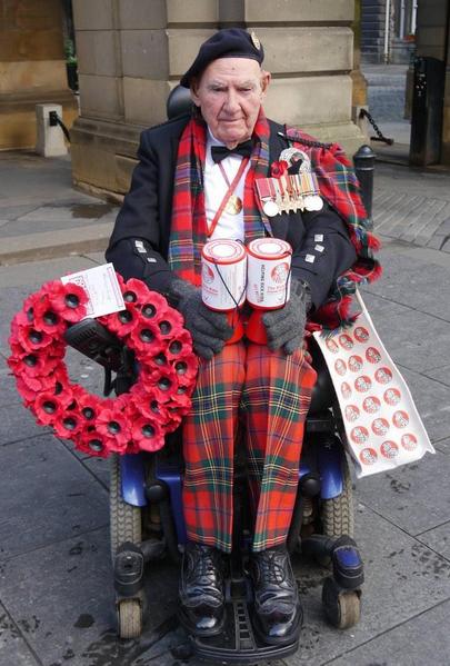 Tom Gilzean en las calles de Edimburgo