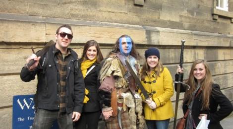 William Wallace siendo amable con los turistas