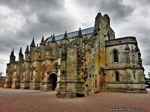 La misteriosa Capilla de Rosslyn en Escocia: historia y leyendas